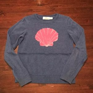 Girls Vineyard Vines Shell Sweater, Size CS (5-6).